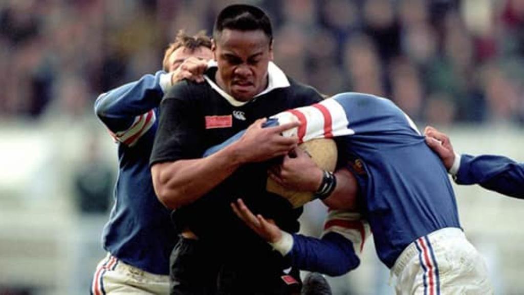 Jonah Lomu lors d'un match contre la France