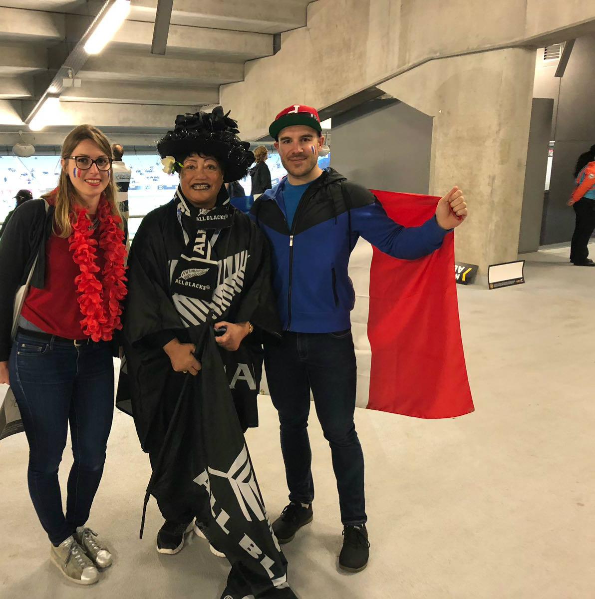 Rencontre avec les fans All Blacks dans les couloirs du stade
