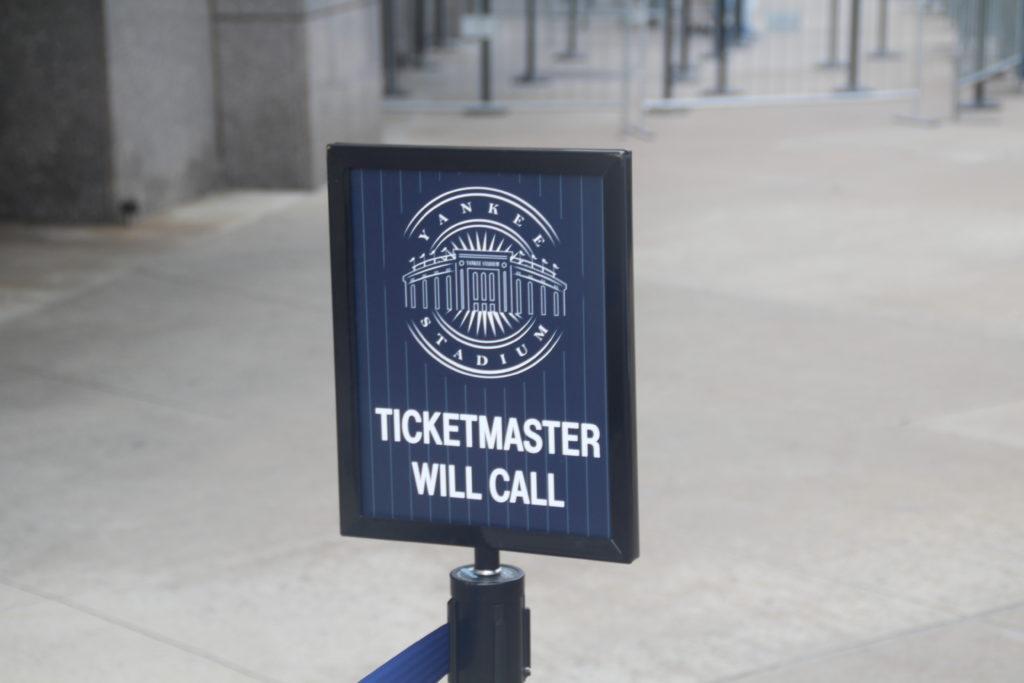 Une file d'attente est dédiée pour les spectateurs ayant commandé leurs billets via Ticketmaster