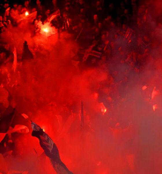 fumigènes dans un stade