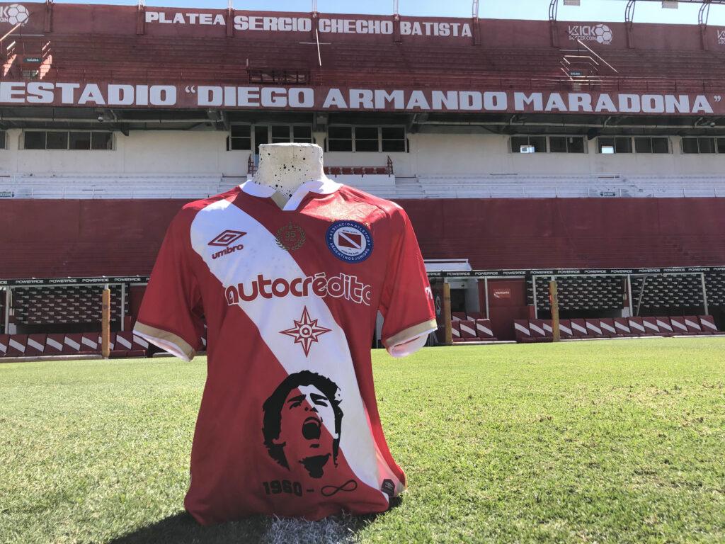 Maradona-collector-jersey-homefans